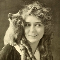 16 - Mary_Pickford_1916 copy 2